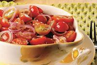 Salada de Tomate-Cereja à Provençal