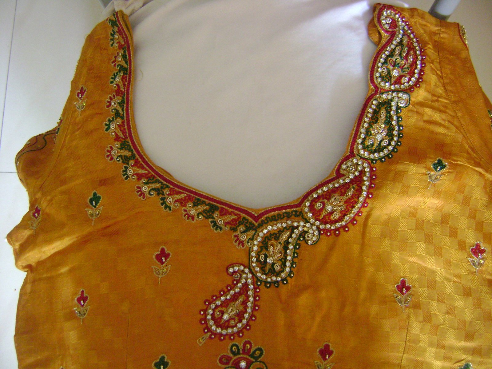 Manithan tamilan indian hand embroidery blouse with stone