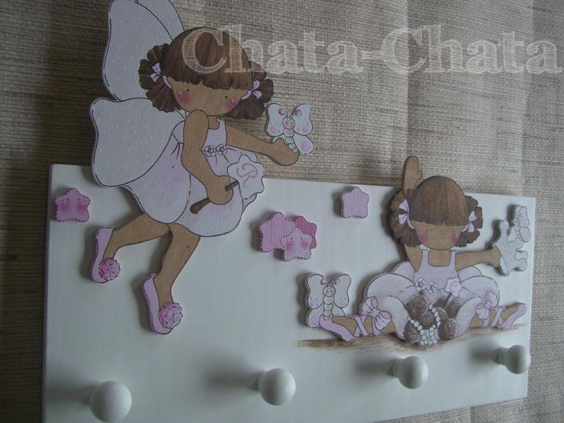 Chata chata decoraci n infantil perchero para dos hermanas - Cortinas dos hermanas ...