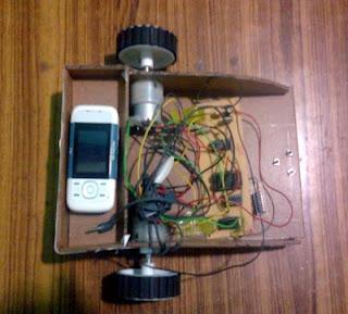 robô controlado por GSM e DTMF
