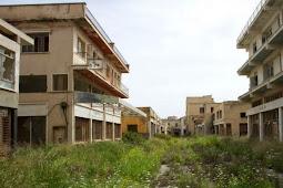 Foto-foto 'Kota Hantu' Verosha di Siprus