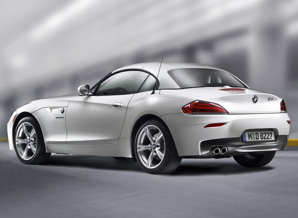 Carsautomotive: 2011 bmw z4 35is wallpaper
