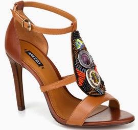 Arezzo verão 2014 sandália de couro com miçangas
