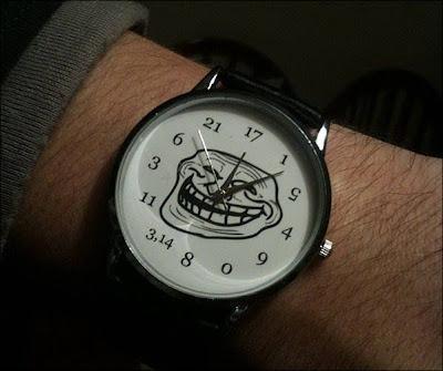 troll face inside watch