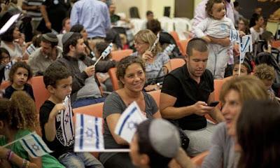 Israel registra imigração recorde de judeus da França em 2015
