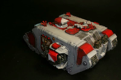 Vista trasera del Land Raider Prometheus