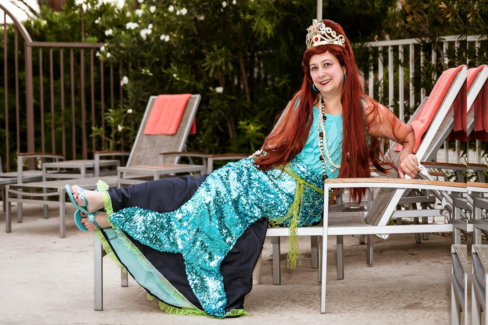 The Broke Costumer: August 2013