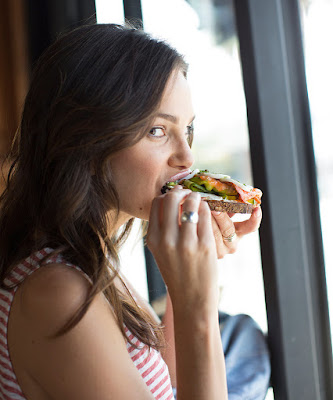 How to Eat Food in Combination to Lose Weight