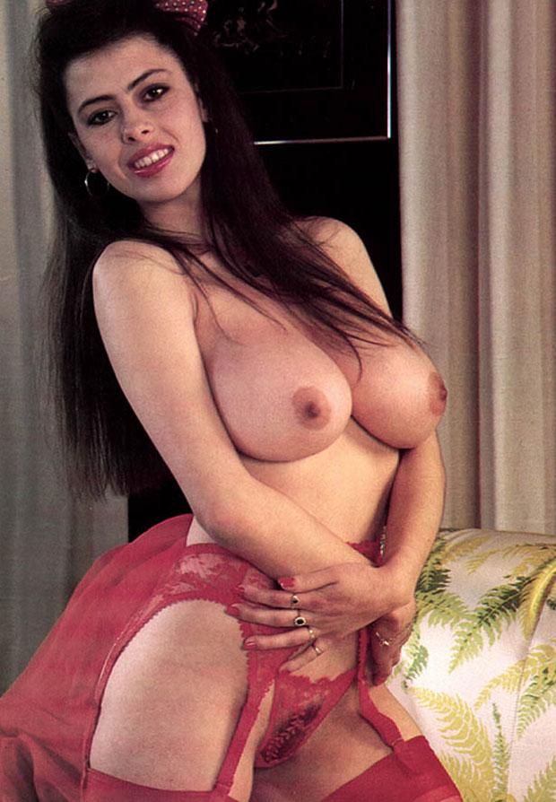 anna_ferrari