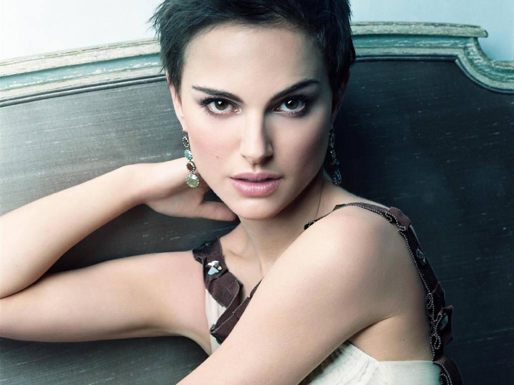 http://3.bp.blogspot.com/-JFn3t1dEPyU/UQapbmCUyQI/AAAAAAAAB_Q/OhAeGidzAoU/s1600/natalie_portman_actress.jpg