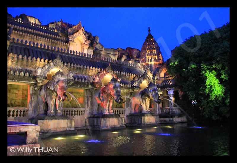 Phuket Fantasea Show - Phuket 101