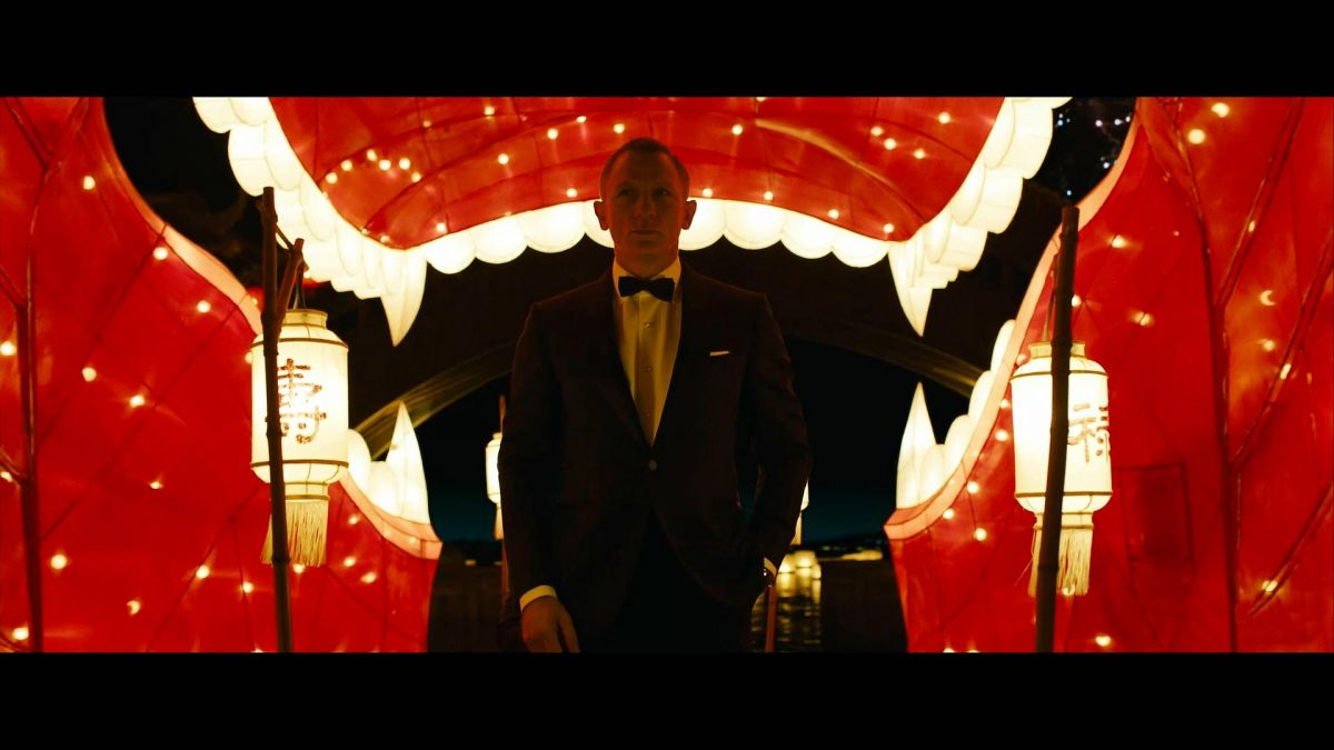 where was the macau casino in skyfall