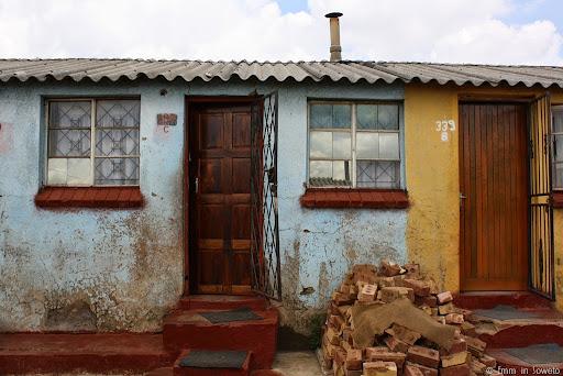 Mzimhlophe Hostel, Front Door