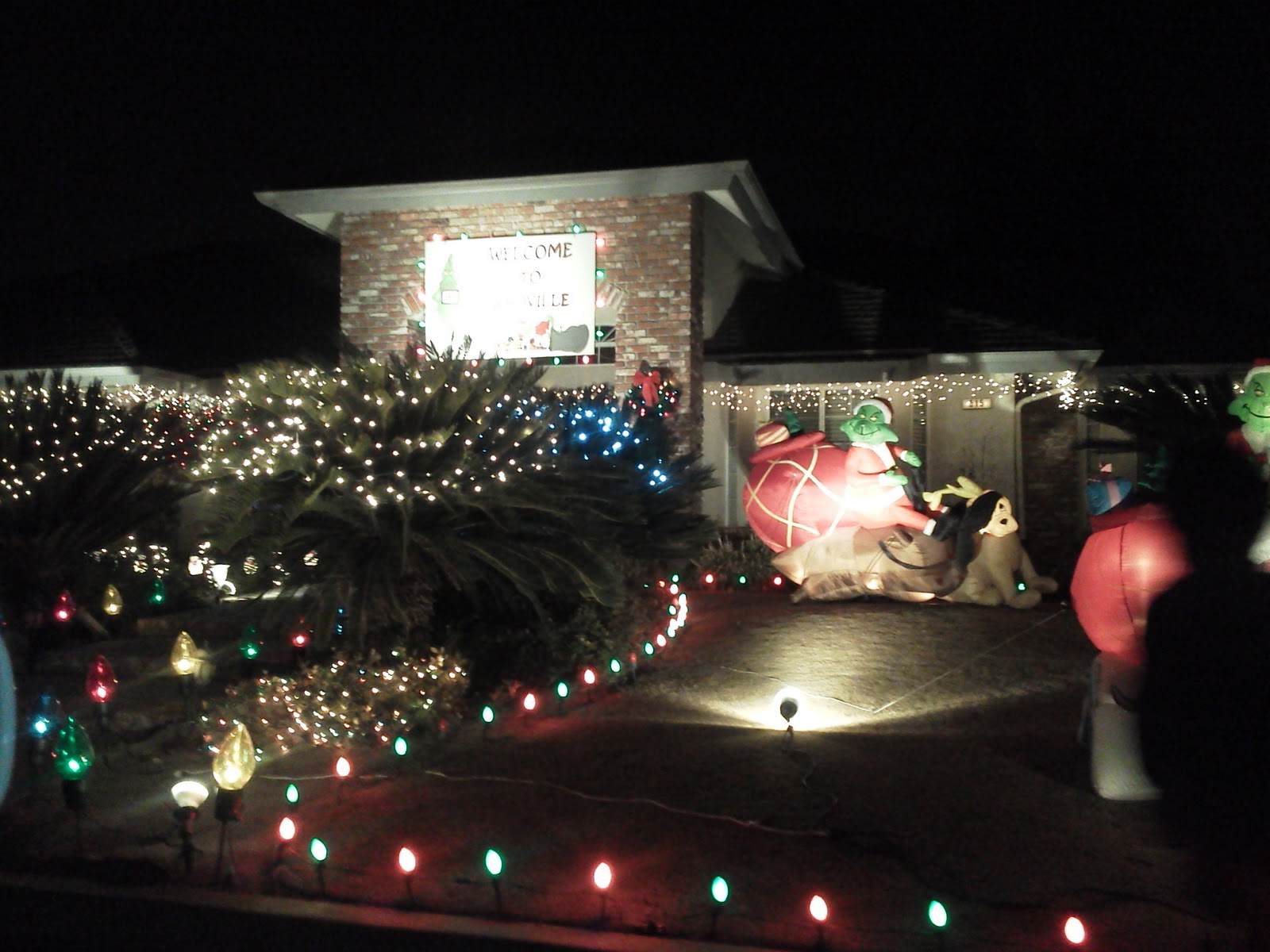 Located At Peach And Alluvial, Clovis Is Gaining A Reputation For Its  Holiday Lane. Less Crowded Than Christmas Tree Lane In Fresno, Holiday Lane  Has Room ...