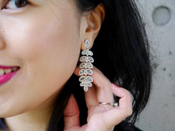 The prettiest blue leaf statement earrings