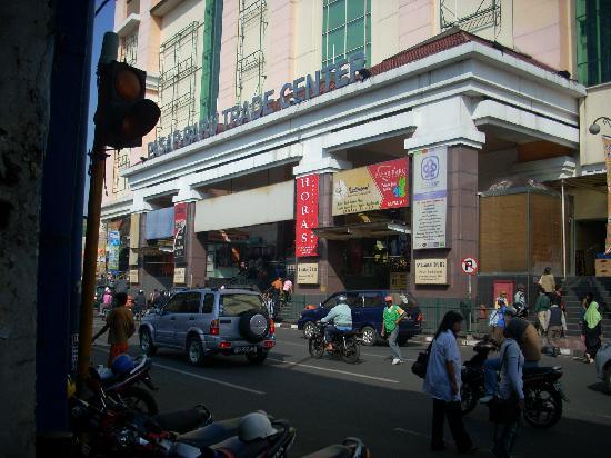 Pasar Baru Bandung Bandung Kota Belanja