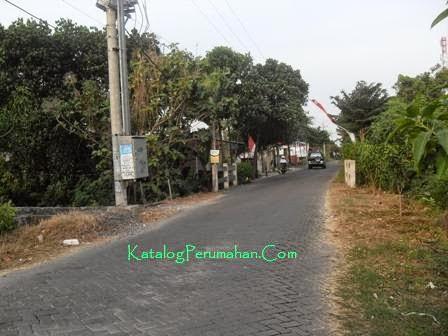 jalan masuk desa Perum Green Menganti
