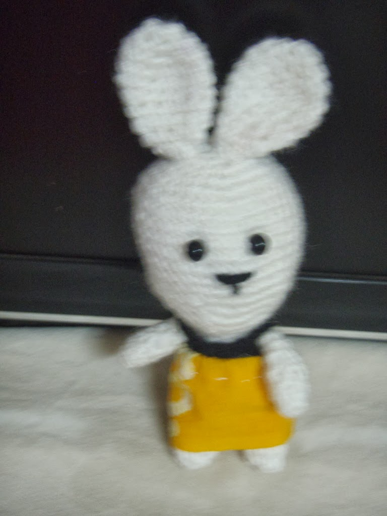 Amigurumi Rabbit : Free pattern for crochet amigurumi bunny ~ Free Crochet ...