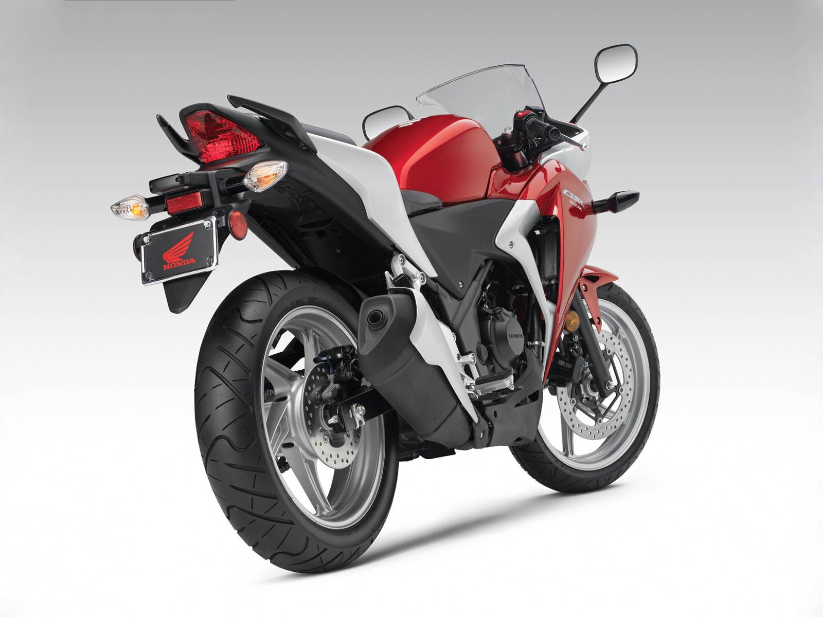 http://3.bp.blogspot.com/-JGxgIIZ0j98/UBa8CIMyB2I/AAAAAAAAG48/BT9UsKLpZs8/s1600/Honda+CBR+250R+Bike+Wallpapers+3.jpg