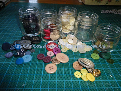 Tarros de cristal con botones