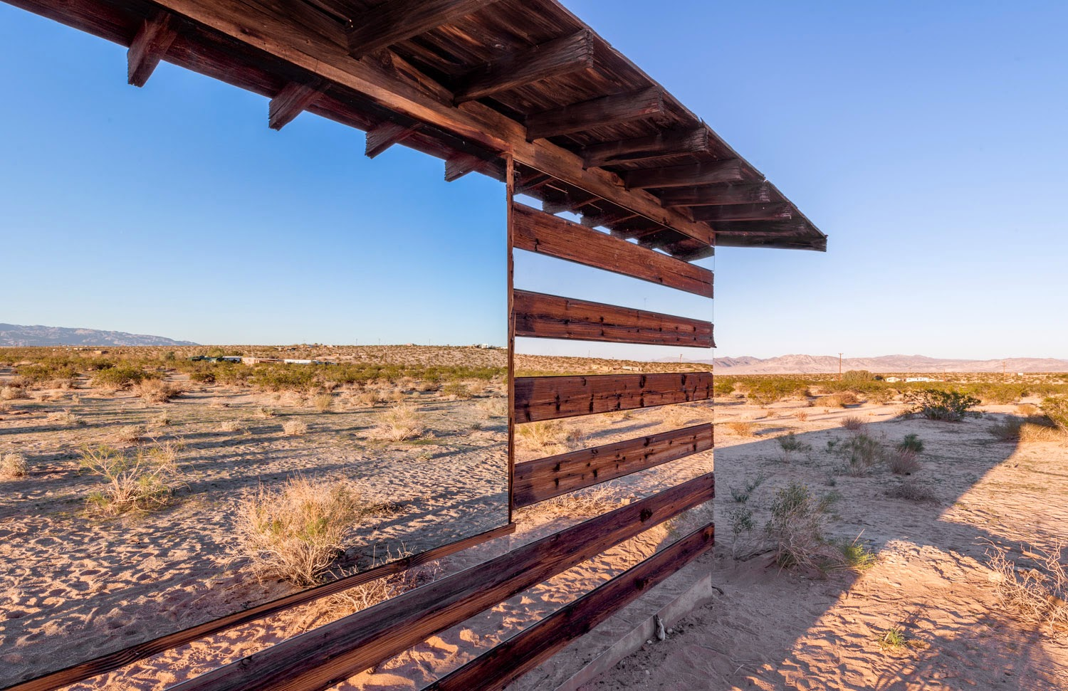 Lucid Stead, Phillip K Smith III, Joshua Tree, California