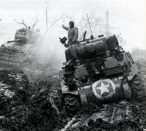 Танки американской 9 й армии сражаются