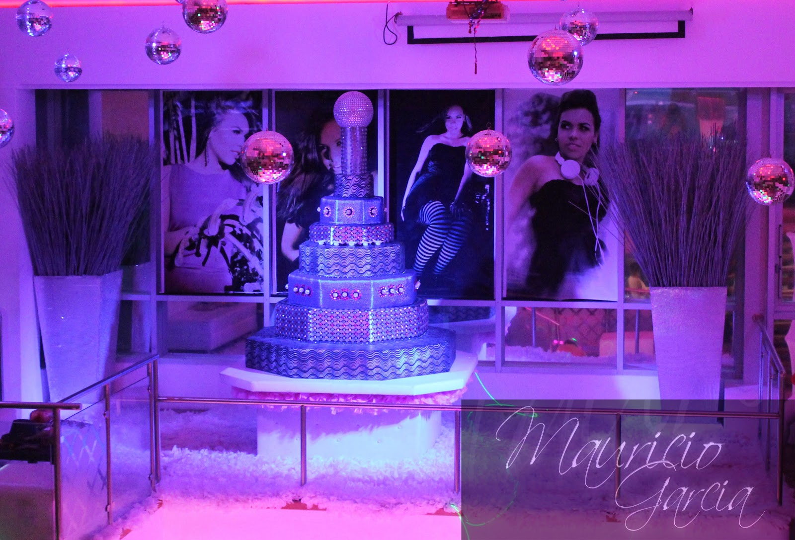 Mauricio events decoraci n de 15 a os estilo disco - Decoracion de 15 anos ...