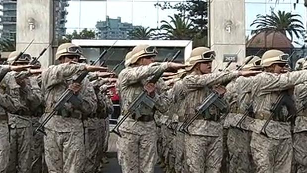 http://www.24horas.cl/regiones/antofagasta/antofagasta-jovenes-soldados-juraron-a-la-bandera-1322098