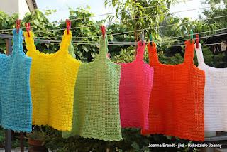 Szydełkowy komplet letnich kolorowych bluzek