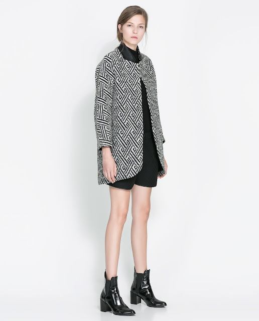 patterned coat with contrast collar