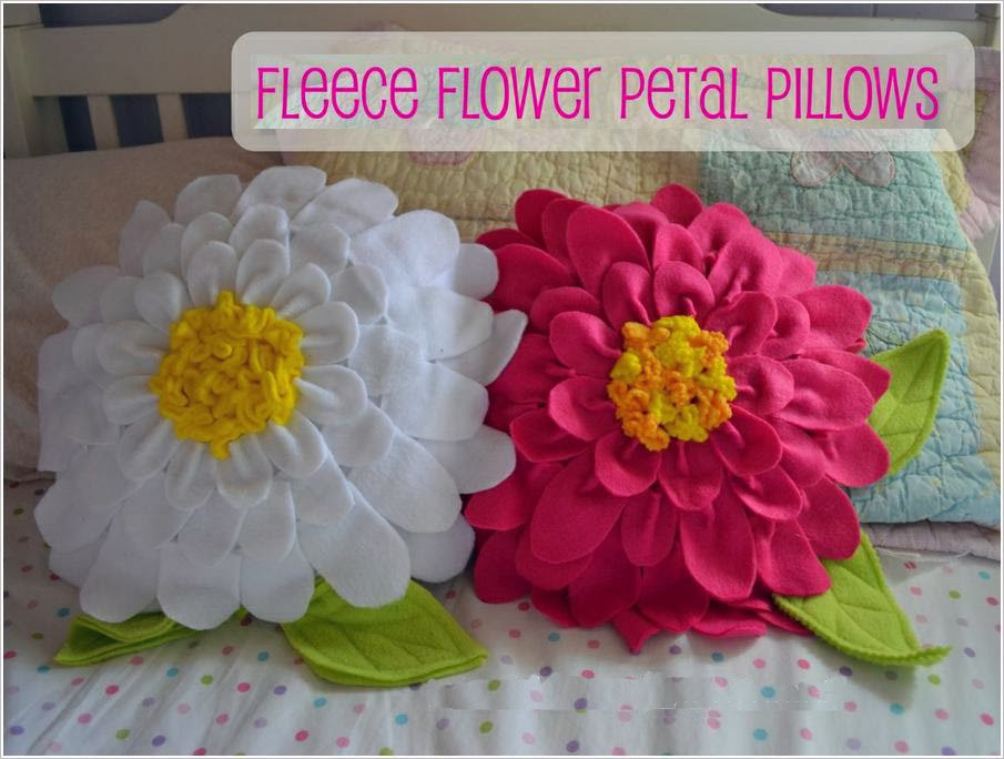 Подушка из флиса. Fleece Flower Petal Pillows DIY tutorial