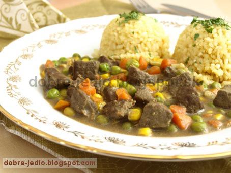 Hovädzia pečeň so zeleninou - recepty