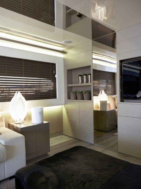 Ambientacion creativa kelly hoppen destacada dise adora de interiores - Disenadora de interiores ...