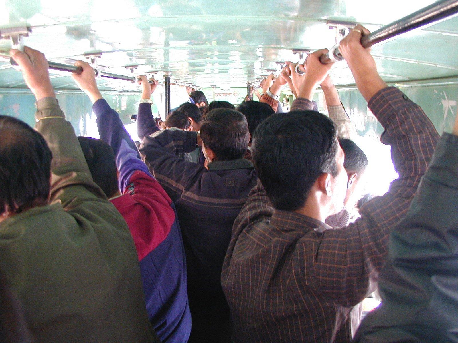 смотреть порно видео трогает в транспорте