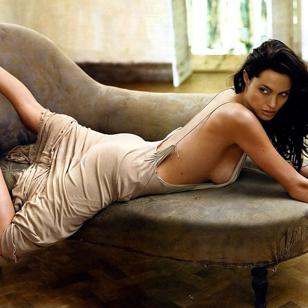 Angelina Jolie Seksi Hot Artis Hollywood