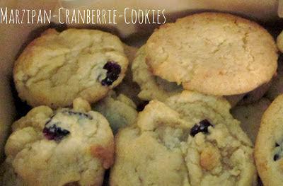 http://frauschulzwirdvegan.blogspot.de/2013/11/pamk-marzipan-cranberrie-cookies.html
