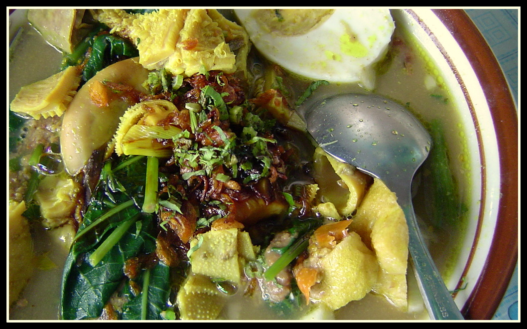 Rujak Soto Makanan Tradisional Dari Banyuwangi Jawa Timur