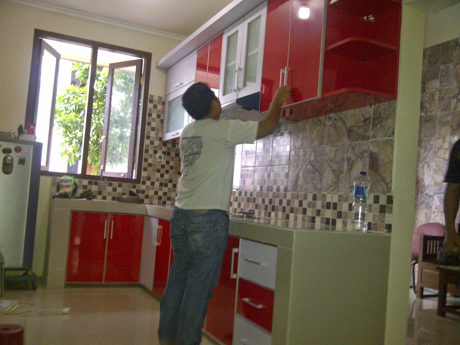 Jasa pembuatan kitchen set murah minimalis berkualitas for Jasa buat kitchen set