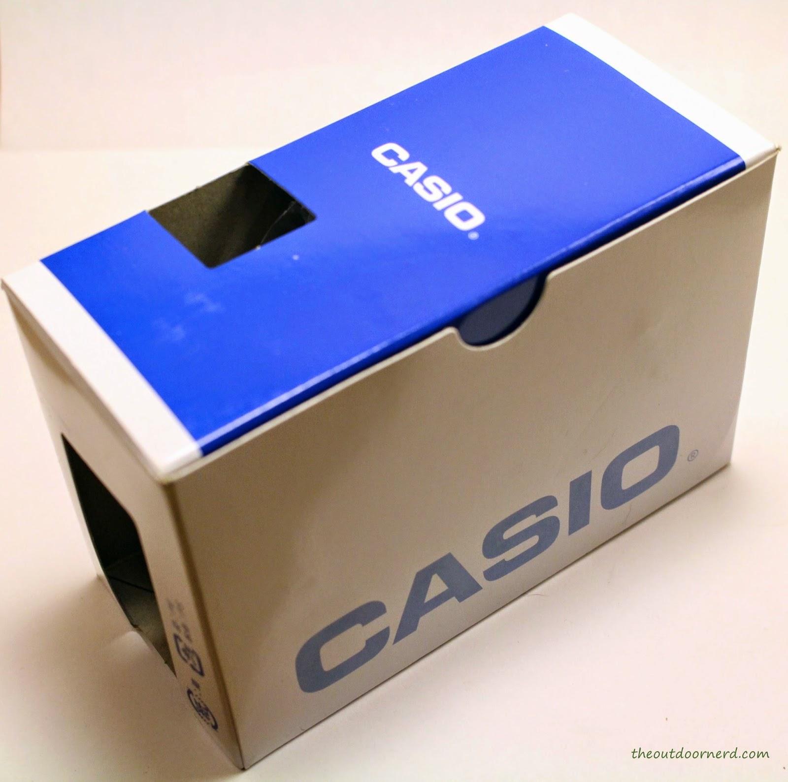 Casio Men's EF305-1AV Edifice Box 1
