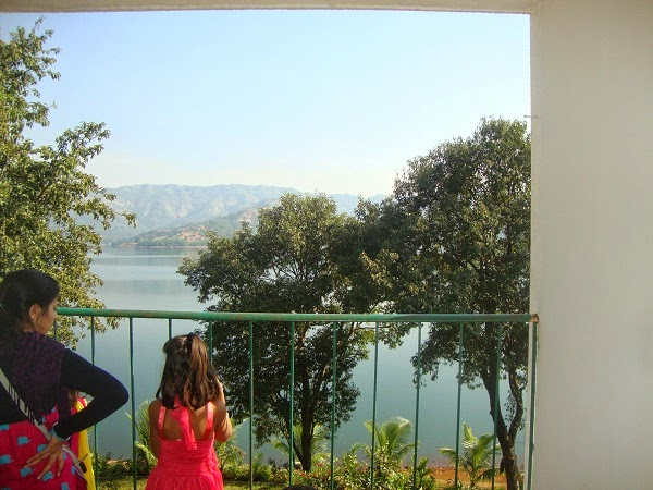 places- to- visit near -pune -for -couples