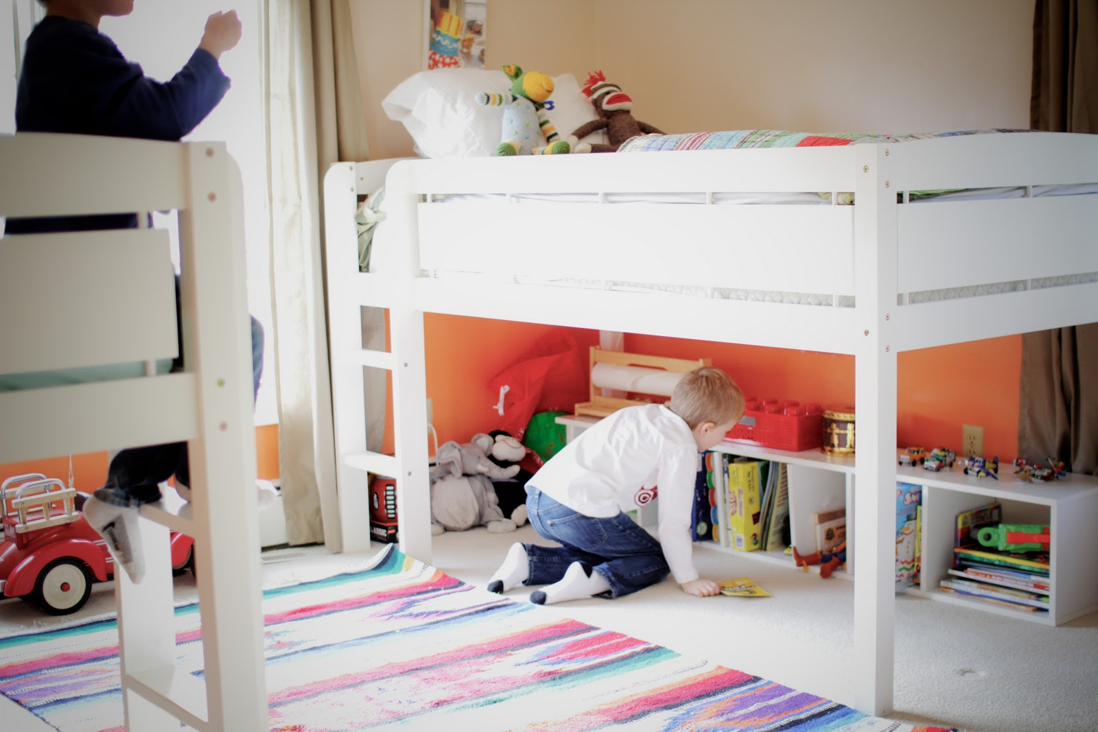 Lovelies in my life a room makeover for the big boys for Junior room decor ideas