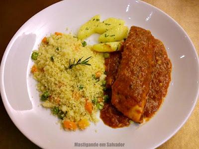 Restaurante Couvert: Salmon a La Provençale