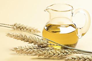 Gầu cám gạo là một loại dầu nền mà vẫn có tác dụng làm đẹp da