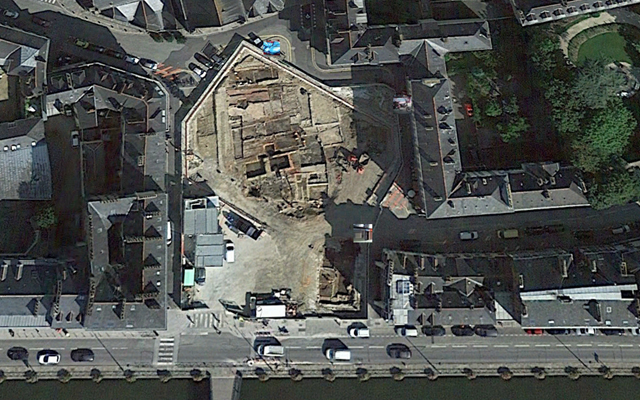 La Place Saint-Germain... vue du ciel - Septembre 2014 - ©GoogleEarth