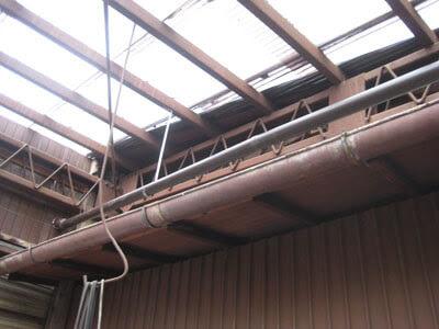 横浜市 青葉区 雨樋修理工事 室内雨漏り 立樋 パイプ 接続部 軒樋 雨量