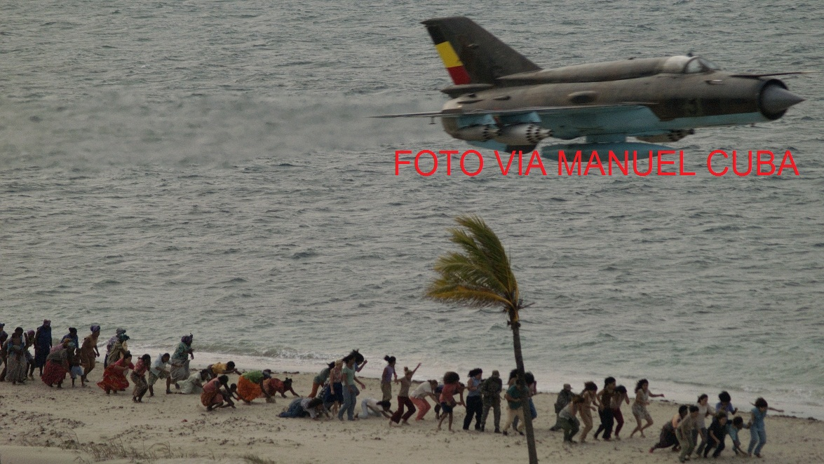 Armée Cubaine / Cuban Revolutionary Armed Forces CUBA%2BMIG-21BIS%2BLANZACOHETES%2BANGOLE%25C3%2591O%2BPLAYA%2BCOPIA