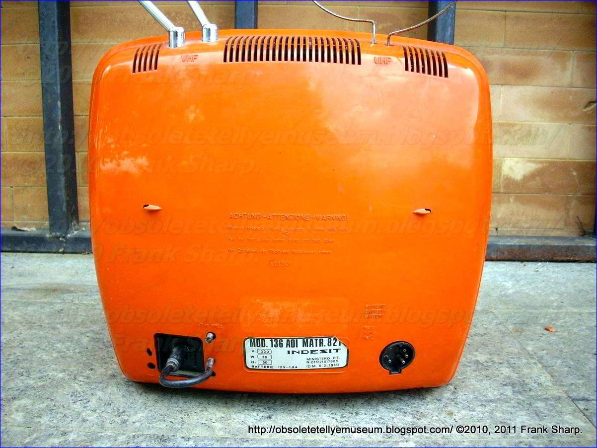 Obsolete Technology Tellye !: INDESIT Mod. 136AOI YEAR 1979.