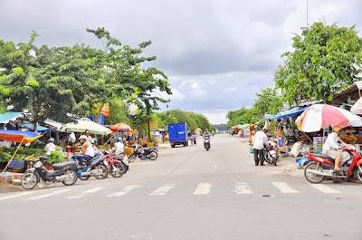 http://www.datsodobinhduong.com/2013/11/can-ban-dat-so-do-tai-tp-binh-duong-sat-quoc-lo-13-cach-toa-nha-hanh-chanh-4km.html