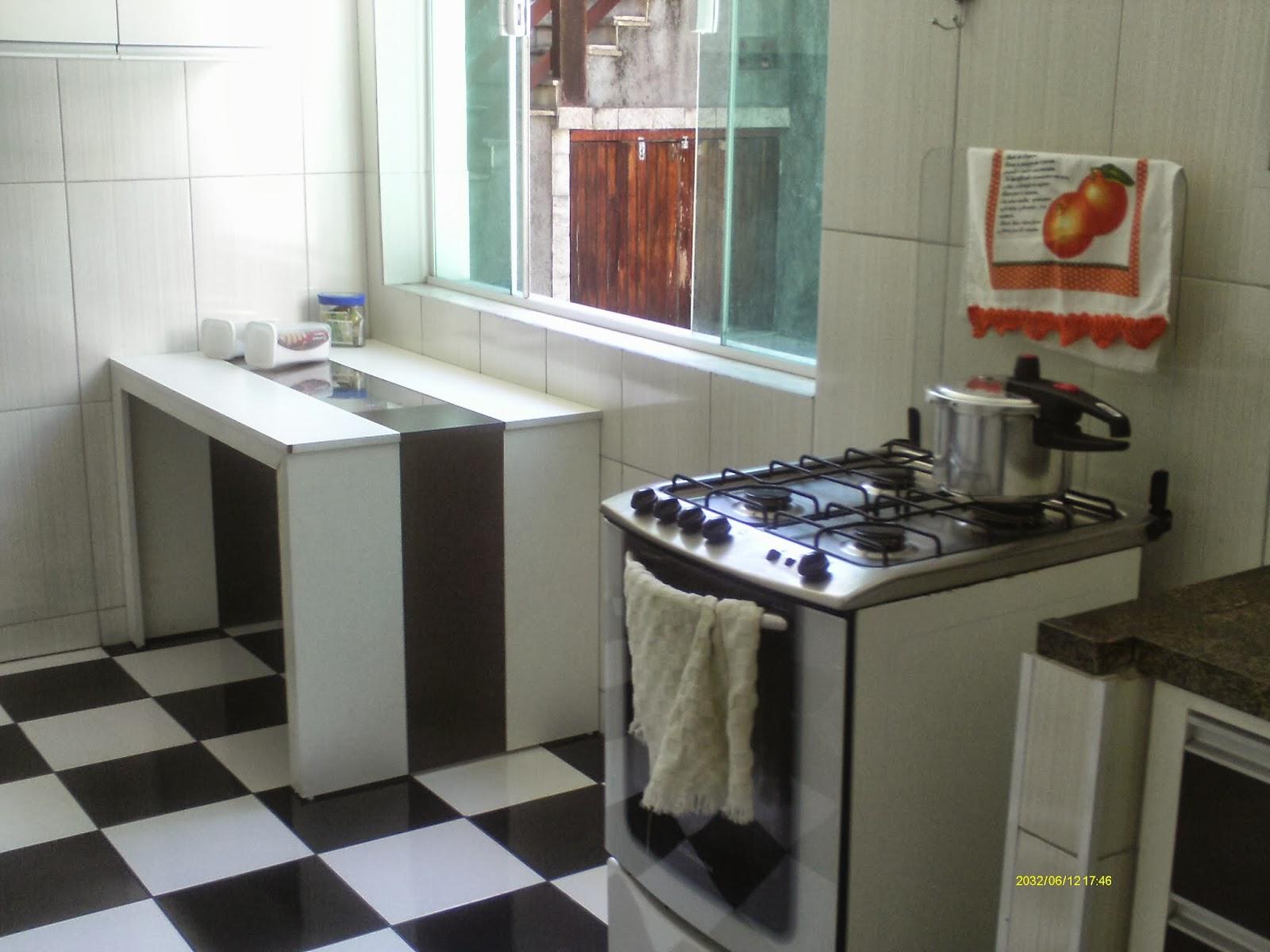 Casa Cocotá Ilha do Governador Avelino Freire Imóveis #6F4536 1600x1200 Banheiro Com Hidro Pequeno