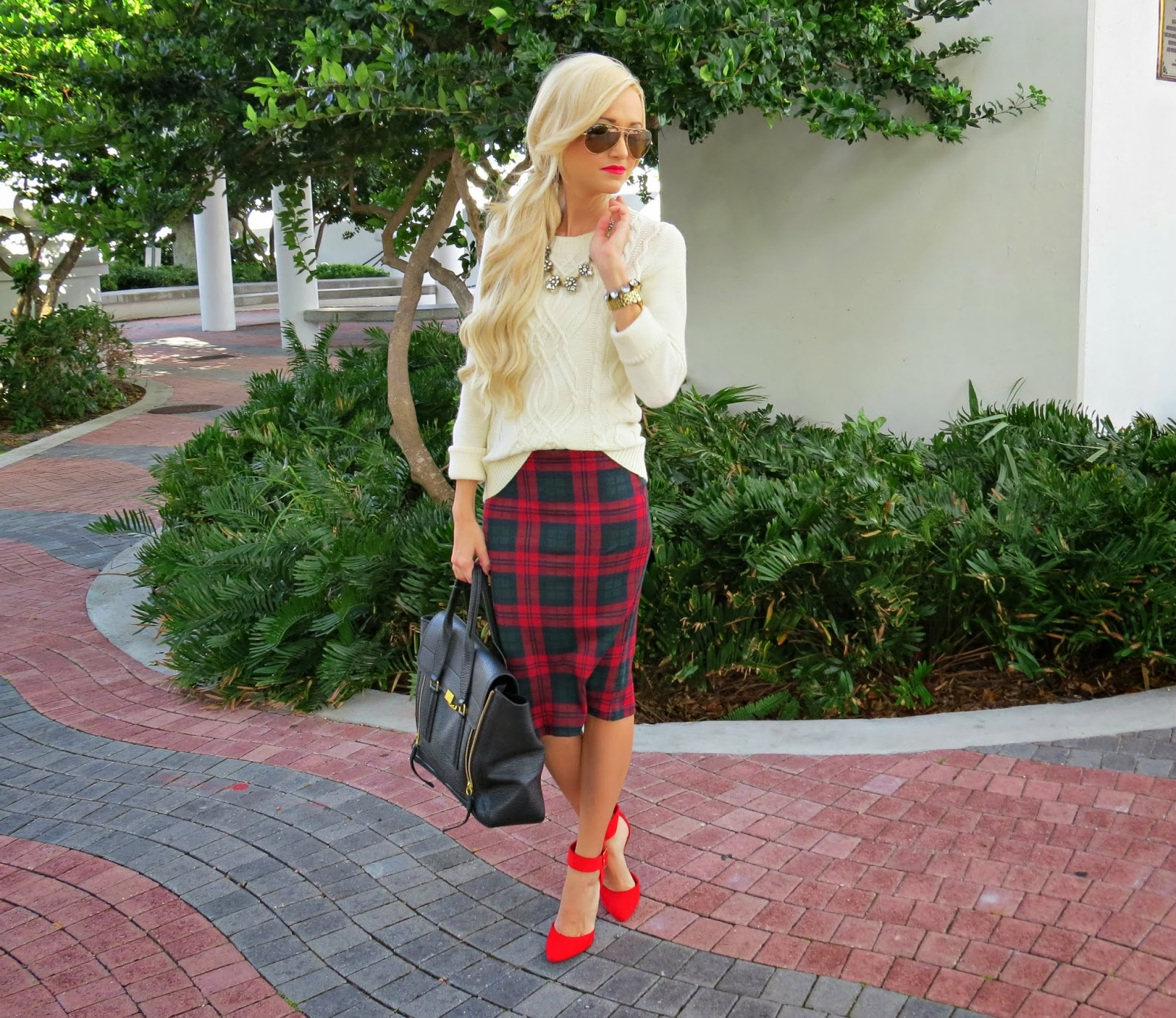 A Spoonful of Style: Christmas Plaid...